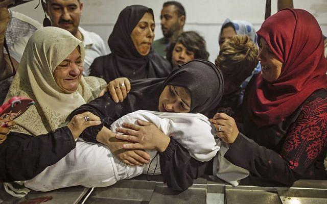 Hamás le pagó a la familia para decir que el bebé fue asesinado con gases lacrimógenos, afirma un sospechoso de terrorismo de Gaza – Por Jacob Magid (Time of Israel)