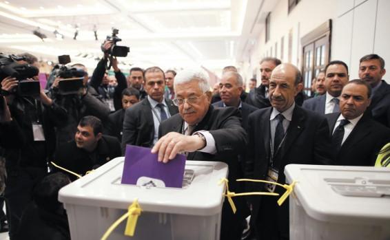 Guerra total por la sucesión de Mahmud Abbas (Abu Mazen) – Por Nadav Shragai (Israel Hayom 9/12/2016)