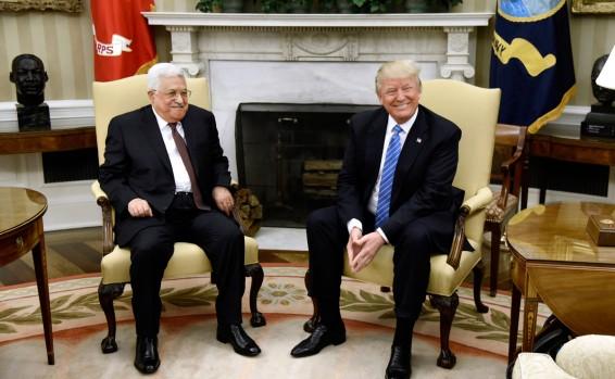 La hora de la verdad de Mahmud Abbas – Por Eyal Zisser