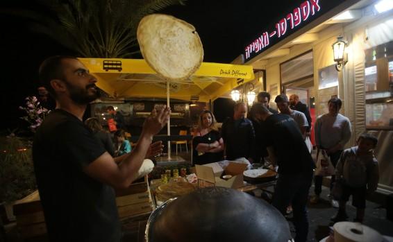 """La """"Nakba"""" en números – Los árabes de Israel florecen – Por Akiva Bigman (Israel Hayom)"""