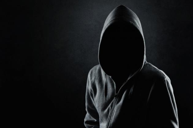 """A pesar de la disminución de los ataques terroristas, la tendencia hacia los terroristas """"aislados"""" causa gran preocupación en Europa – Por Yossi Melman (Maariv)"""