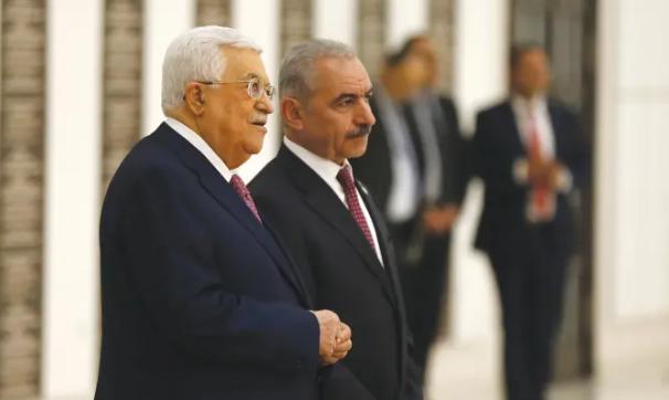 Así se complica Israel por culpa de la ley de compensación que castiga a la Autoridad Palestina por pagar sueldos a terroristas – Por Jackie Hoggy (Maariv)