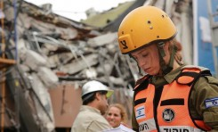Las redes sociales en México adulan a los rescatistas israelíes – Por Itamar Eichner (Yediot Ajaronot 25/9/2017)