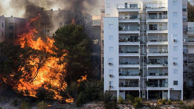 """Así se desvanecerá el """"Terrorismo Incendiario"""": Con presencia en el terreno, disuasión e información – Por Ron Ben Yshai (Yediot Ajaronot 24/11/2016)"""