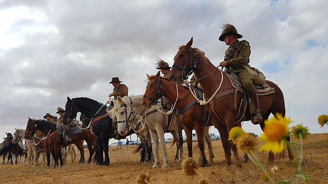 Los ANZAC vuelven a cabalgar: Centenario de la batalla de Beer-Sheva – Por Ofer Petersburg, Matan Tzuri, Gilad Carmeli (Yediot Ajaronot)