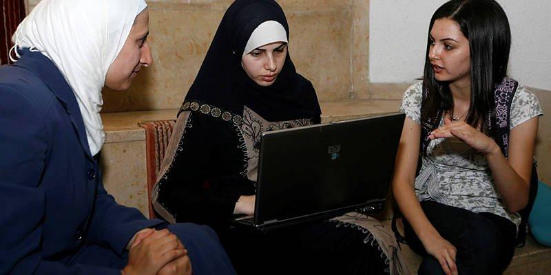 ¿Apartheid? Estudiantes árabes en universidades israelíes – ¡Suben un 79%!