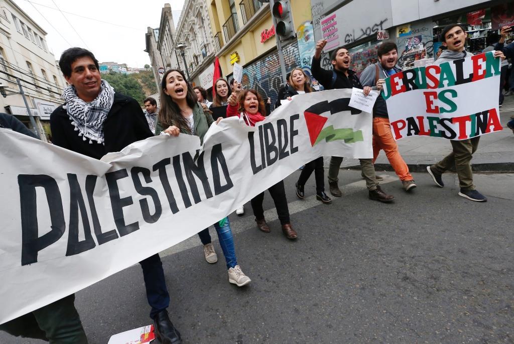 Las decisiones de Irlanda y Chile de prohibir productos de los asentamientos – Por Amir Prager (INSS)