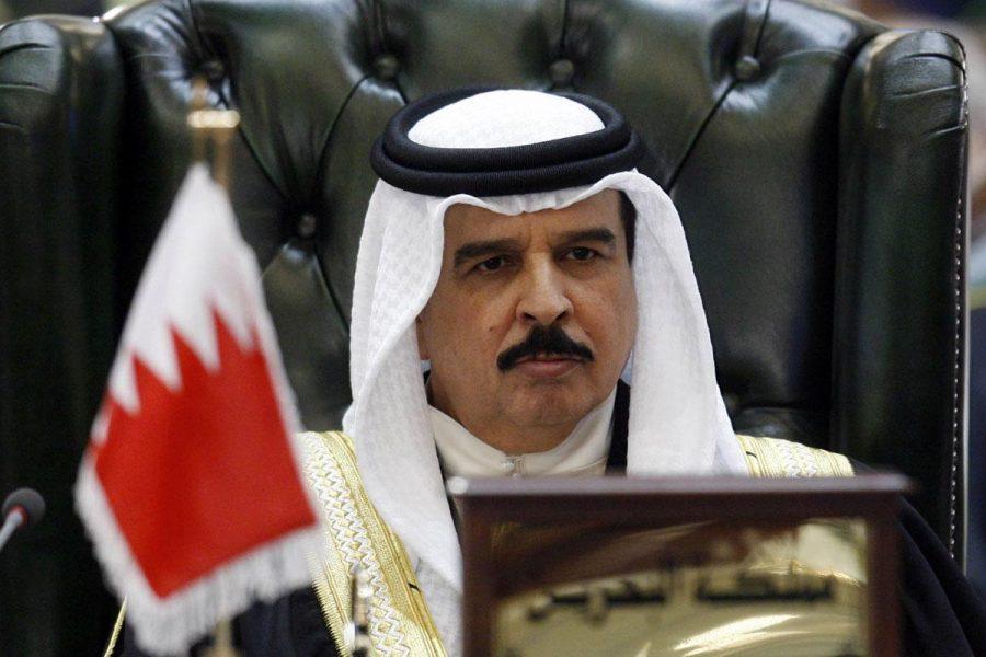 """Escritor de Bahrein: """"No necesitamos permiso para normalizar las relaciones con Israel"""" – Fuente Middleeastmonitor.com"""