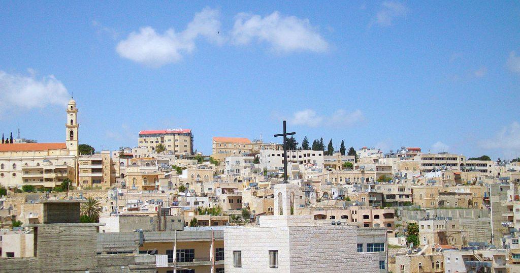El silenciado sufrimiento de los palestinos cristianos – Por Raymond Ibrahim (Gatestone)