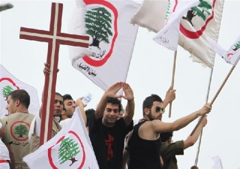 Cristianos en el Líbano temerosos de ISIS y Jabat Al-Nusra: Necesitamos pelear o pedir que la comunidad internaconal y que el Hezbollah nos proteja – Por E. B. Picali