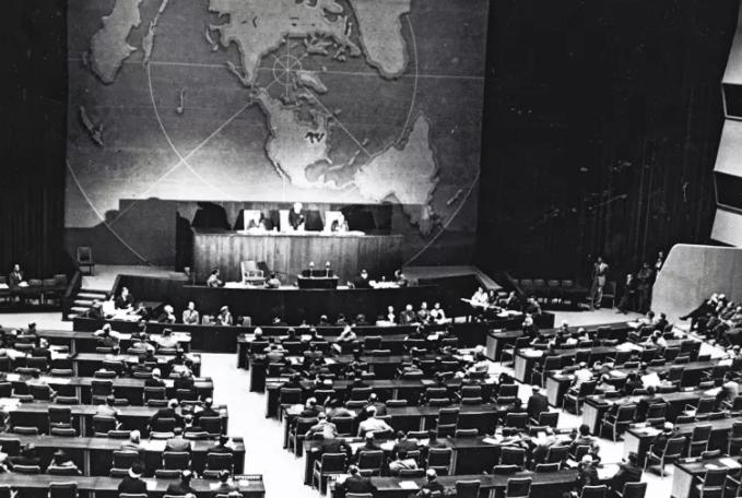 El enorme drama ocurrido tras bambalinas el día de la Partición de Palestina (29/11/1947) – Por Dr. Uri Milshtein (Maariv 24/11/2017)