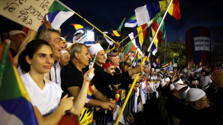 ¿Qué podemos aprender de la ley del estado-nación? – Por Moshé Arens (Haaretz)