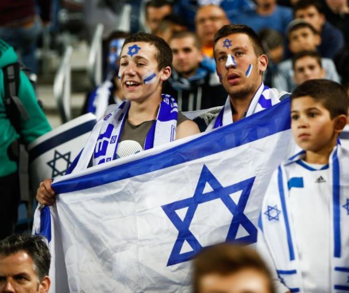 La relación entre la conexión política y tú equipo de fútbol en Israel – Por Omer Kapushtzivsky (Maariv)