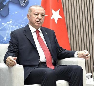 El Sultán Invencible: ¿Está perdiendo Erdogan su encanto populista? – Por Burak Bekdil (BESA)