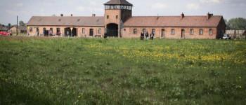 El simbolismo de la Iglesia Católica vuelve a ser un problema cerca del campo de exterminio de Auschwitz - Por Judy Lash Balint (JNS)