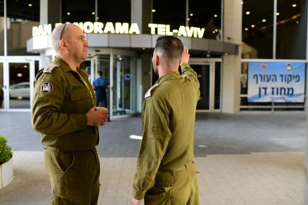 Cómo transformó el Ejército de Israel un hotel de lujo en una clínica para luchar contra el Coronavirus – Por Benjamin Kerstein (El Algemeiner)