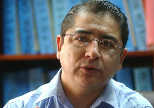 """""""Ese pequeño-gran país, bendecido por Dios"""" - por Gary Antonio Rodríguez"""
