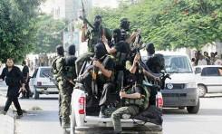 """El Hamás mata 30 civiles y ajusticia otras docenas pero """"eso no es noticia"""" – por Ilan Eichner"""