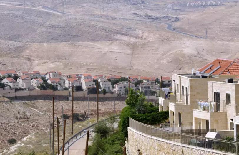 El plan de escape de Netanyahu: El Ministerio de Exteriores tratar de reducir los daños de la Ley de Regulación – Por Yosi Melmán (Maariv 9/2/2017)