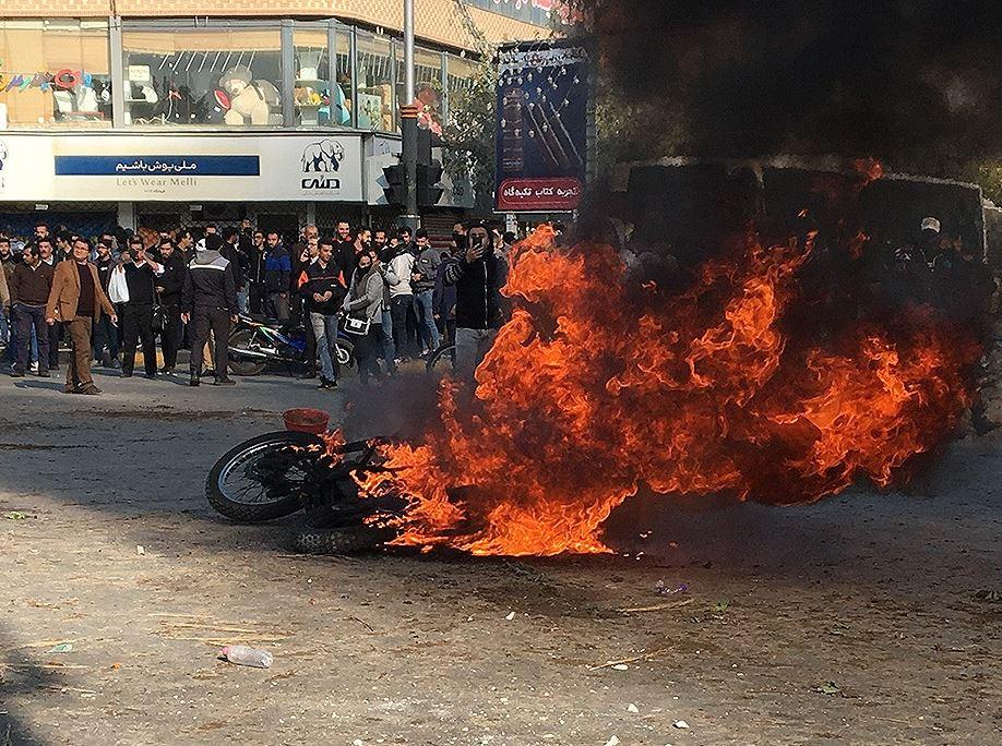 Irán debería esperar más disturbios sociales – Por Prof. Hillel Frisch (BESA)