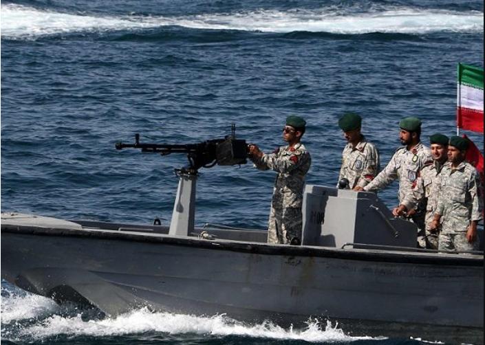 Bajo asedio, Irán vuelve a sus viejos trucos – Por Yoav Limor