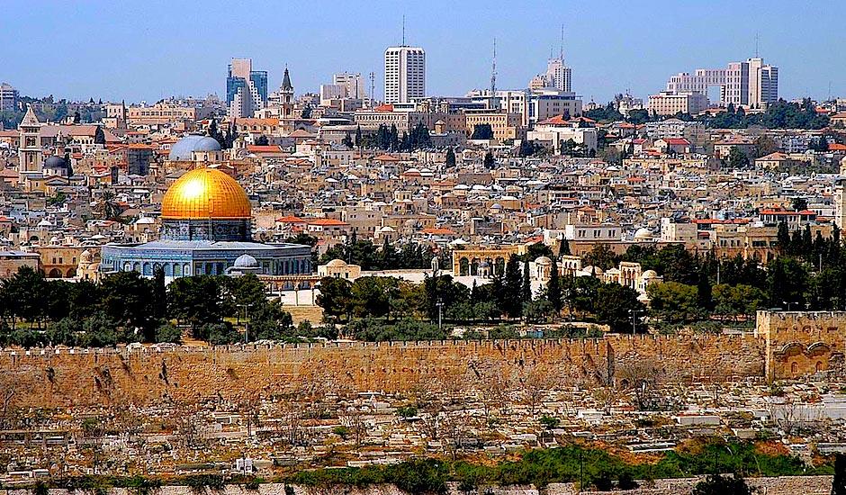 ¿De verdad puede Trump mover la embajada a Jerusalén? – Por Jonathan S. Tobin