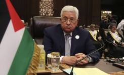 Con un ojos en la reunión con Trump, Abbas se enfrenta al Hamás y a la huelga de hambre - Por Avi Issacharoff (The Times of Israel)