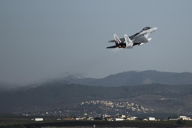 Cómo se preparan las Fuerzas de Defensa de Israel ante una guerra en múltiples frentes – Por Yaakov Lappin (BESA)