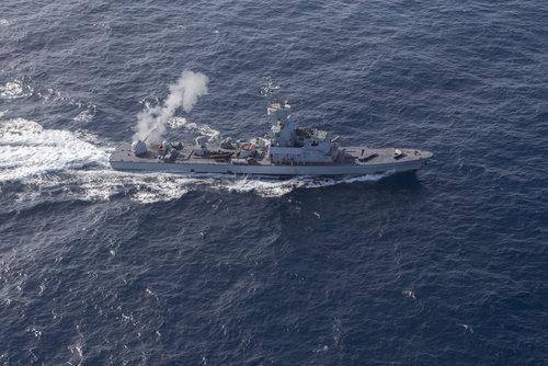 """Las naves israelíes y las de la OTAN """"aceleran relaciones"""" – Por Yaakov Lappin"""