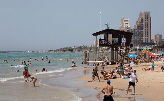 La Oficina Central de Estadísticas – Los israelíes viven más, están más satisfechos y viven atrapados en el tráfico – Hatzad Hasheni e Israel Hayom