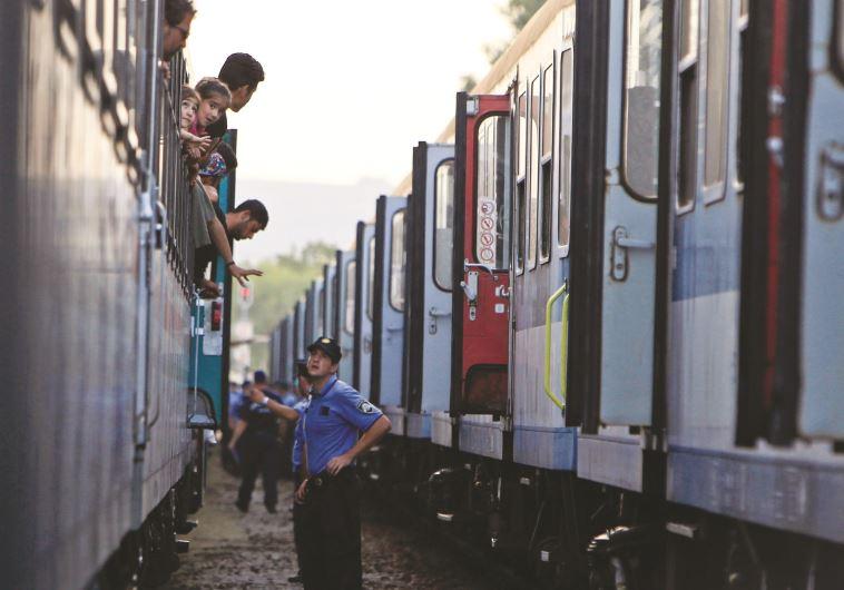 """¿Acaso el proceso de """"invasión musulmana"""" hacia Europa es inevitable? – Por Amos Guilboa (Maariv 24/9/2015)"""