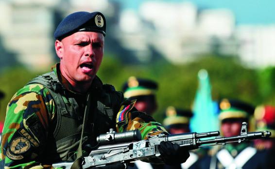 La actividad de Hezbollah en Venezuela expuesta: Drogas, armas y mercenarios – Por Eldad Beck