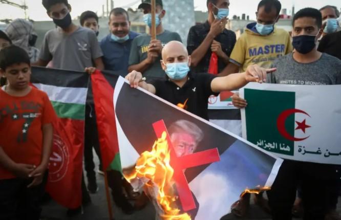 ¿Qué hay detrás de la respuesta silenciosa de la Autoridad Palestina al acuerdo entre Israel y Sudán? – Por Khaled Abu Toameh (Jerusalem Post)