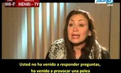 Conductora de TV en Egipto se enfrenta al clerigo