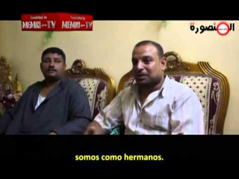 Dos criaturas egipcias son casadas por sus padres