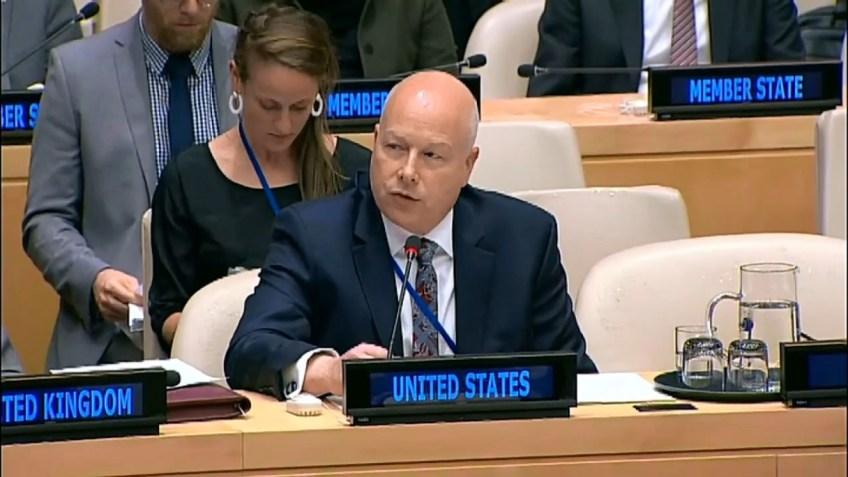 Un columnista de Ha'aretz destroza la historia, los hechos y el derecho internacional – Por Embajador Alan Baker