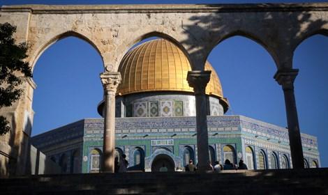 Las cámaras en Al-Aqsa: Los palestinos están presionados – Por Reuvén Barco (Israel Hayom)