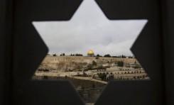 No solo Trump, Zeman quiere trasladar la Embajada a Jerusalén. Es un riesgo demasiado grande, dice un experto - Por ELIŠKA KUBÁTOVÁ (INFO.CZ)