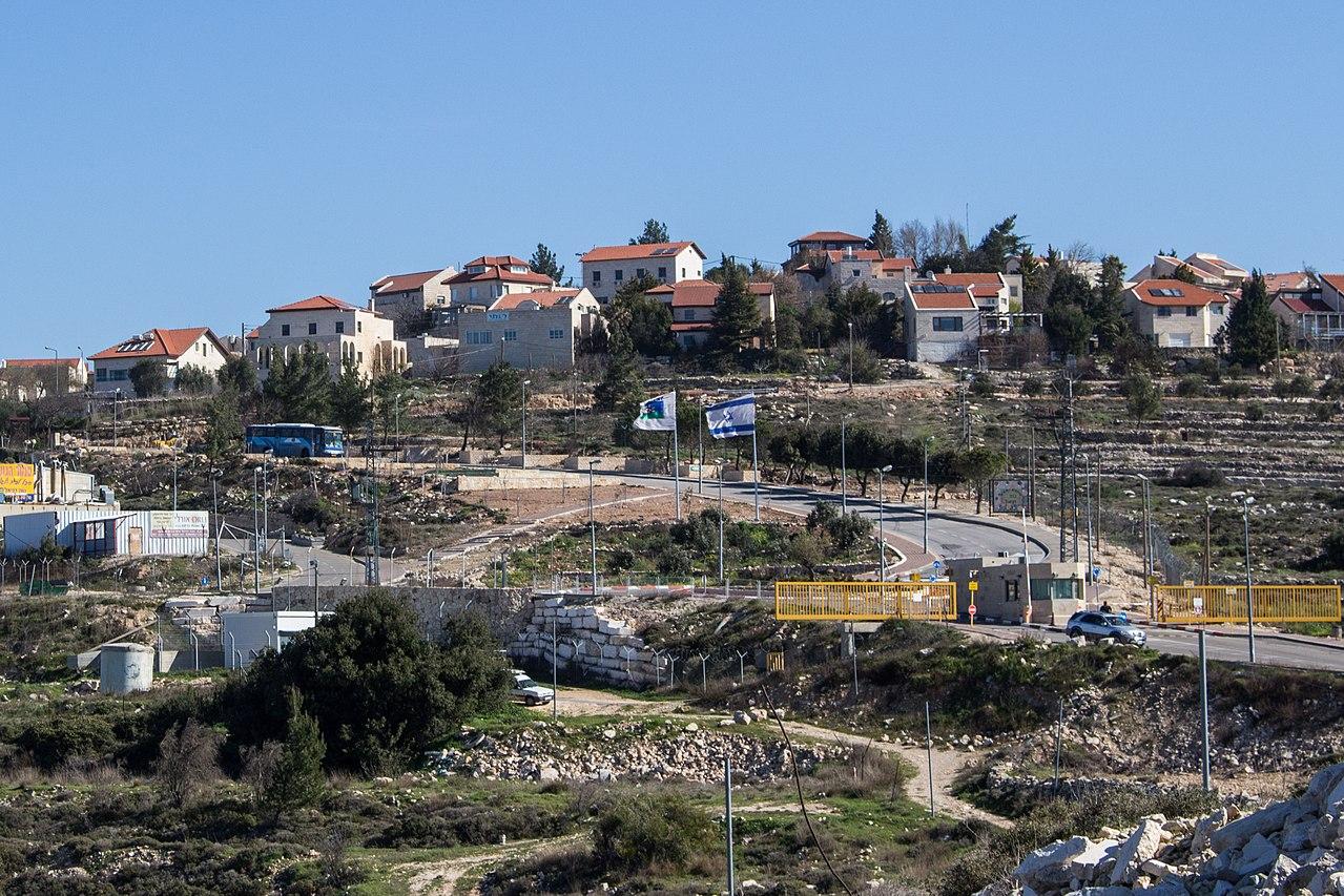 Las comunidades judías de Cisjordania: El centro de un estado palestino tolerante – Por Rafael Castro y Prof. Efraim Karsh