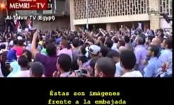 Manifestación frente a la embajada EEUU en El Cairo (11-9-2012)