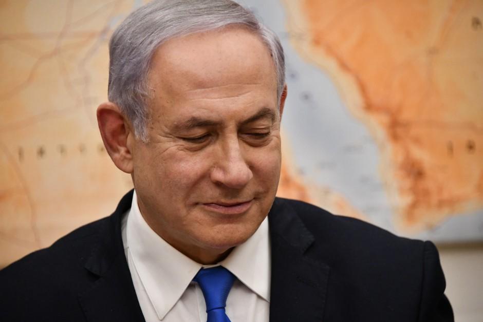 El nuevo Gobierno israelí es de centro; y Netanyahu está encantado Por Jonathan S. Tobin (JNS)
