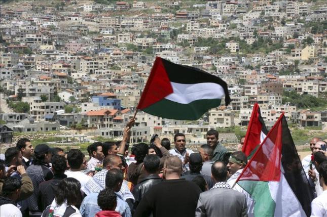 Adi Schwartz: La complacencia de Occidente hacia el reclamo palestino en referencia al tema de los 'refugiados', obstruye la paz – Por Gary C. Gambill (Foro del Medio Oriente)