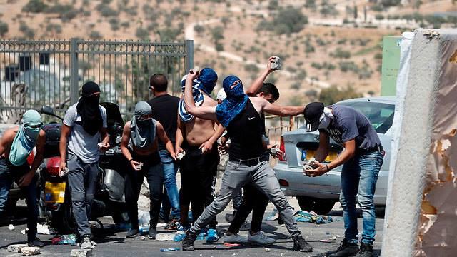 Los palestinos aumentan los pagos a los terroristas en 2018 en 56 millones de dólares – Por United with Israel